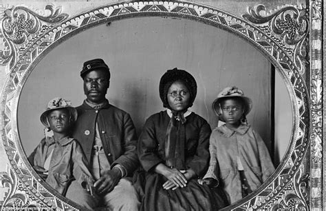 slavery abolition african american roles in the civil war picturing freedom how former slaves used photography to