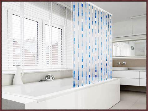 badewanne rollo badewanne mit duschabtrennung webnside
