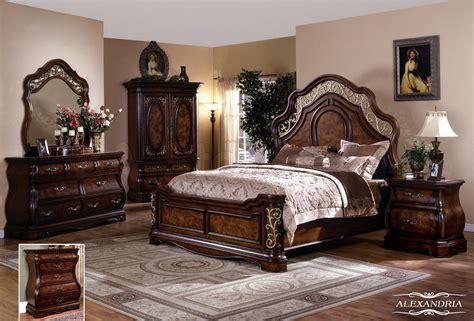 alexandria  pc bedroom set queen bed dresser mirror   nightstands bedroom set