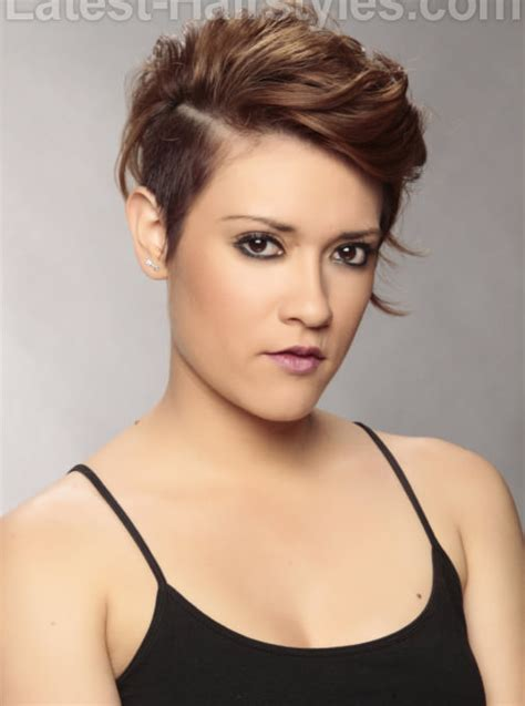 edgy hairstyles over 40 actresses over 40 with short hair short hairstyle 2013