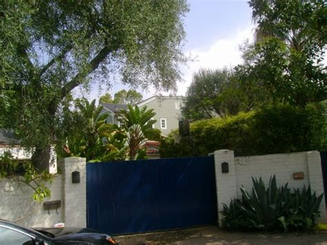 12305 Fifth Helena Drive Brentwood | marilyn monroe s house at 12305 fifth helena drive