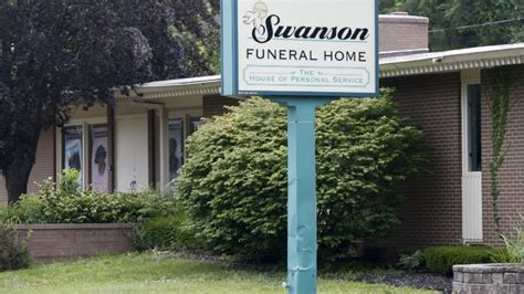 detroit funeral home horrors put spotlight on spotty us