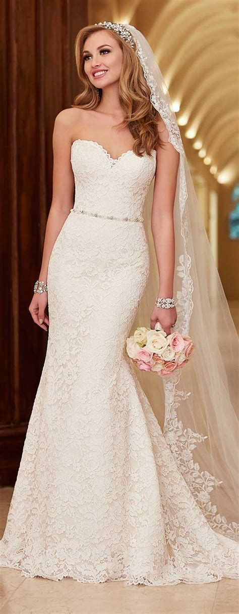 Looking For A Dress For A Wedding by Best 25 Lace Mermaid Dresses Ideas On