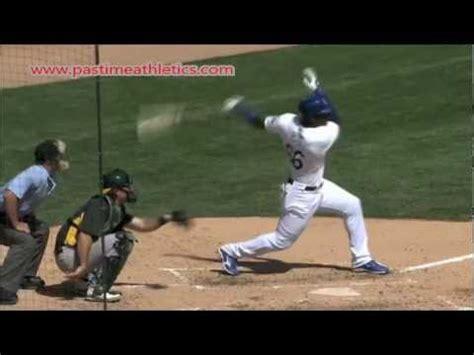 teaching baseball swing mechanics yasiel puig slow motion baseball swing hitting mechanics