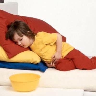 penyebab sakit perut  anak duniapelajarcom