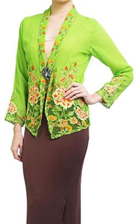 Dress Baju Bay Kebaya Nyonya Traditional Costume Kebaya