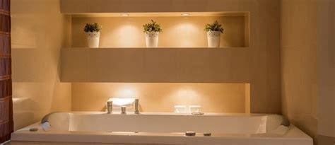 Badezimmer Beleuchtung Indirekt by Bad Ohne Fenster Beleuchten Tolle Tipps Gegen Dunkelheit
