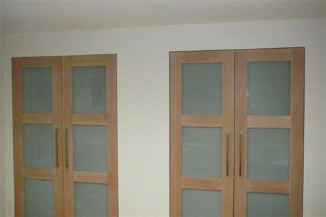 Pivot Closet Doors Roselawnlutheran Pivot Closet Doors