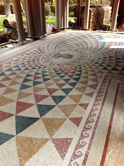pavimento in mosaico mosaico per pavimento riproduzione di un disegno romano