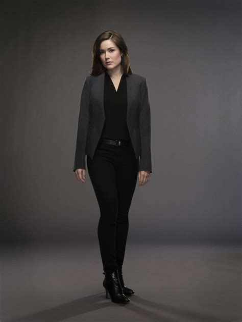 Megan Boone As Elizabeth Keen Theblacklist The Cast | elizabeth keen season 2 cast photo the blacklist