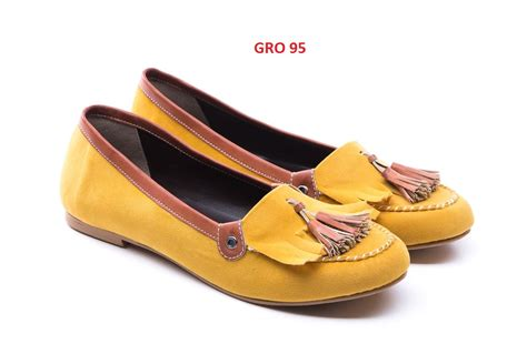 Sepatu Flat Bordir Merah No 38 sepatu flat wanita termurah gudang fashion wanita