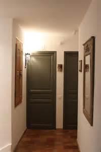 emejing couleur porte interieure avec mur blanc gallery