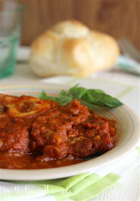 cucinare ossibuchi di vitello ossibuchi al pomodoro ricetta facile ossibuchi al vino