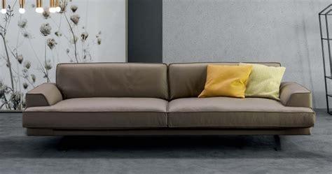 divano tortora divano pelle tortora idee per il design della casa