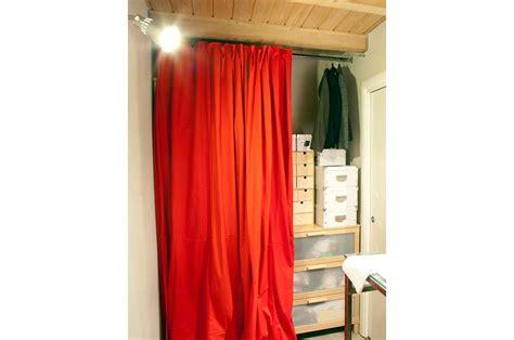 creare un armadio a muro 12 soluzioni con una tenda cabina armadio lavanderia
