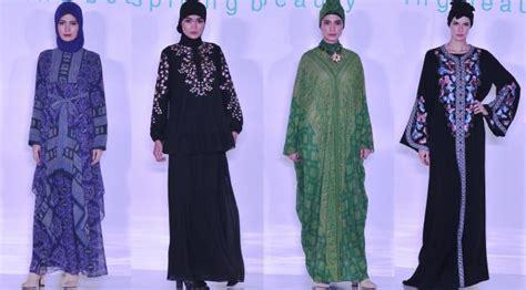 Baju Koko Preview Itang Yunasz Tanah Abang penjelasan itang yunasz tentang fashion show di tanah abang lifestyle liputan6