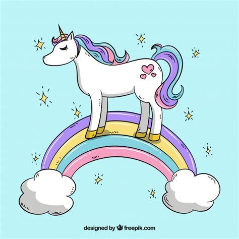 imagenes de unicornios y arcoiris fondo de unicornio en un arcoiris con nubes descargar
