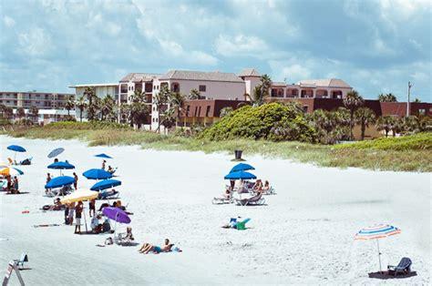 beach luxury 3 blocks to the beach ocean beach vacation luxury cocoa beach ocean view 3 bdrm 2 5 bath next to pier
