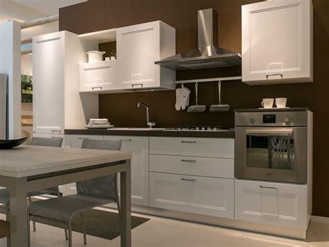 cucine scavolini modelli cucina lineare scavolini modello colony scontata 40