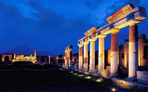 ingresso pompei sabato notte al museo ingresso a pompei e ercolano a 2