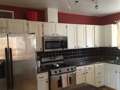 updating laminate kitchen cabinets best 25 laminate cabinet makeover ideas on pinterest