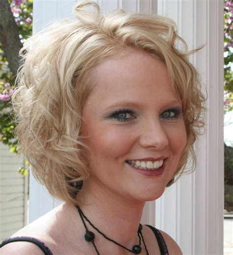 trendy layered bob hairstyle pictures curly hairstyles