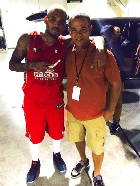chris brown a father wwwsaidcedcom chris brown hangs out with rihanna s dad ronald fenty