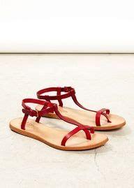 Sandal Wedges Wanita Merah Cs771 1000 images about sandal merah on sandals and slide sandals