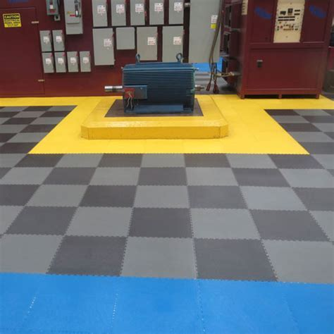 Warehouse Flooring   PVC Coin Top Industrial Tiles