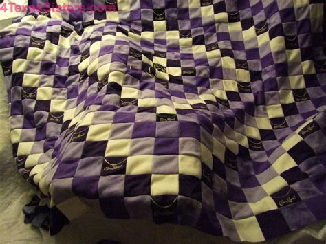 crown royal quilt bed scarf crown royal quilt bed scarf crown royal quilt 4 texas sisters