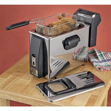 wolfgang puck kitchen appliances wolfgang puck 174 refurbished electric deep fryer 100503