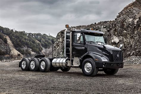 how much does a volvo semi truck cost volvo semi truck 2018 volvo reviews