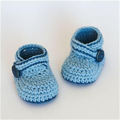 crochet pattern little blue baby booties ravelry crochet baby booties blue whale pattern by
