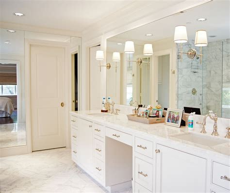 Bathroom Mirror Frame Ideas by 25 Ways To Decorate With Bathroom Light Fixtures Top