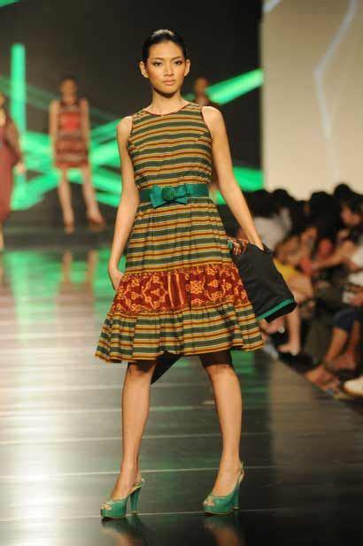 Dress Tenun Blanket Jepara Tenun Jepara Indonesia Woven