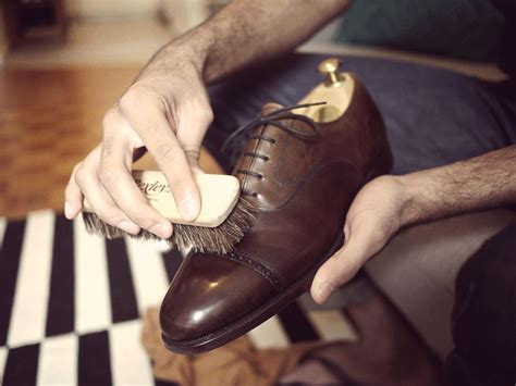 how to shine boots how to shine shoes like a real the s essential guide