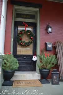home front decor ideas 38 cool christmas porch d 233 cor ideas digsdigs