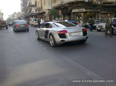 Audi Siria audi r8 spotted in damascus syria on 02 25 2011