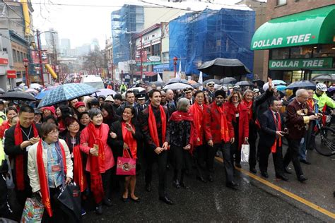 new year parade route vancouver justin trudeau joins vancouver new year s parade