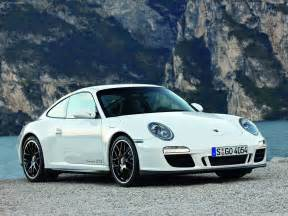 White Porsche 2011 White Porsche 911 Gts Wallpapers