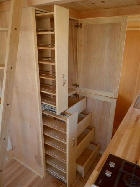 Tiny House Closet by Best 25 Tiny House Storage Ideas On Workshop