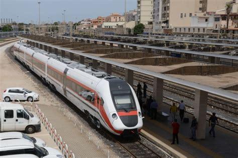 arst orari porto torres sassari treni il pendolino sardo vola a 180 chilometri orari