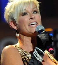lori morgan hairstyle in 1989 and 1990 lorrie morgan celebrity photos biographies and more