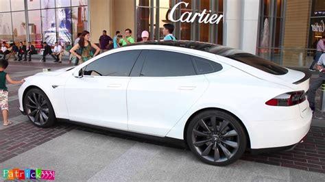 Tesla Dubai Tesla Model S P85 Hits Dubai Mall