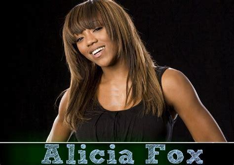 alicia fox wallpaper alicia fox hd wallpapers free download wwe hd wallpapers