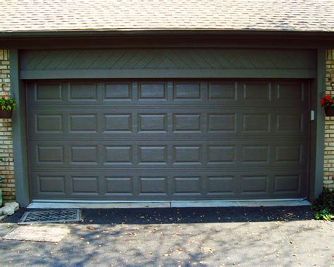 Chi Garage Doors Phone Number Chi 2283 Garage Door Review Wageuzi