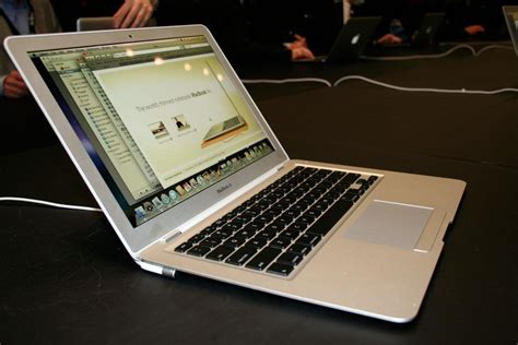 Pasaran Apple Macbook Air high quality photos and notes on apple s new macbook air