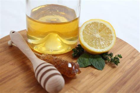dikonsumsi  jadi bahan masker   manfaat lemon
