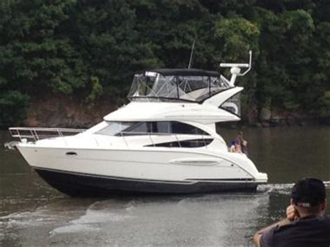 louis ck house comedian louis c k s boat washes up on inwood marsh inwood dnainfo new york