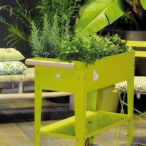 Hochbeet Auf Rollen by Hochbeet Mit Rollen Garden Trolley Green Lime
